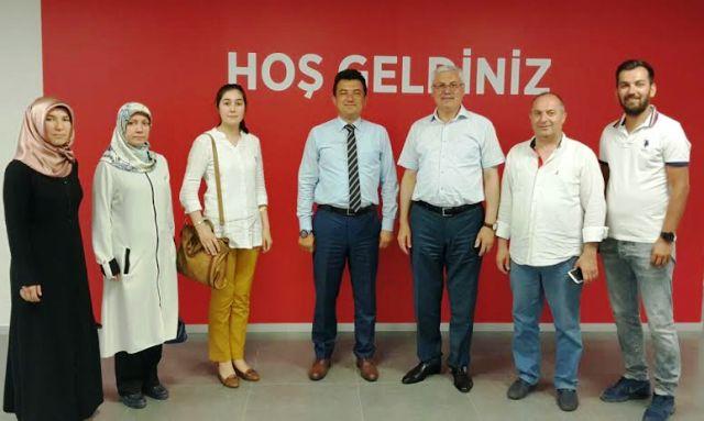 Mustafa Ak ,Ziraat Katılım Bankası  Şube Müdürü Fatih Sarı'yı ziyaret etti