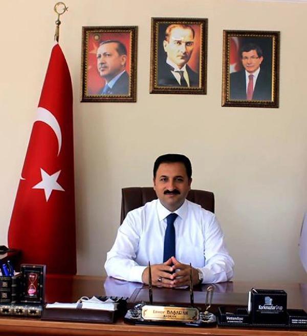 AKP'de 4 belediye başkanına 'FETÖ' ihracı