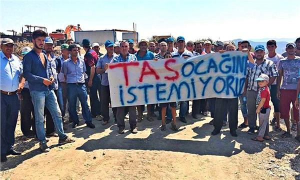 İzmir'de üreticilerden taş ocağına tepki