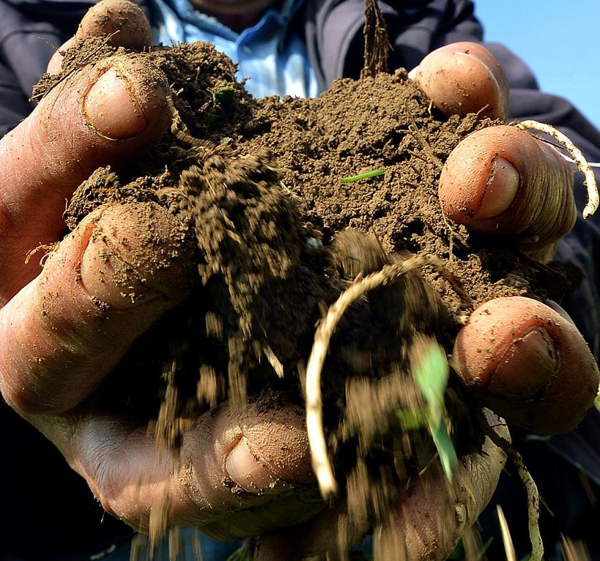 Çiftçi tarımsal alet ve makine yatırımından kaçınmadı…