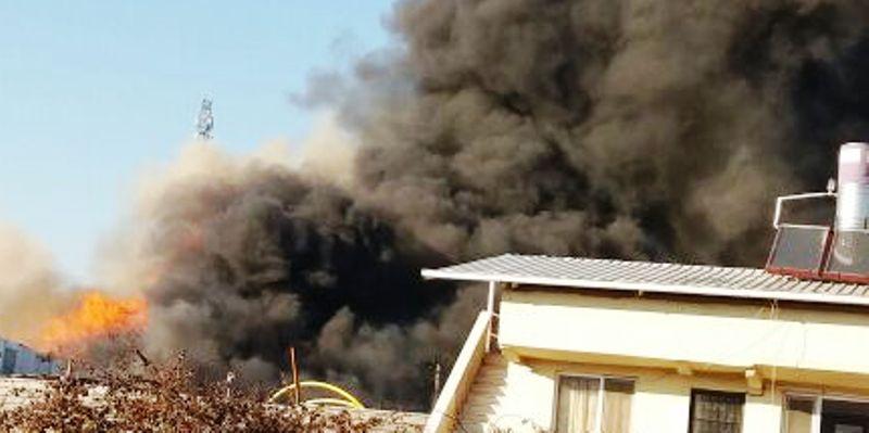 Dörtyol Sanayi içinde Geri dönüşüm Tesislerinde yangın çıktı