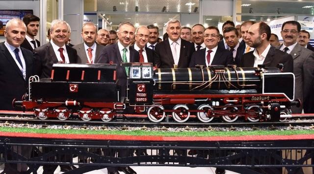 """Dünya demiryolu sektörünün uluslararası zirvesi """"Eurasia Rail 2017"""" fuarı açıldı!"""
