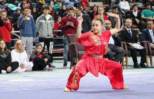 Wushu'da  Süper Şölen