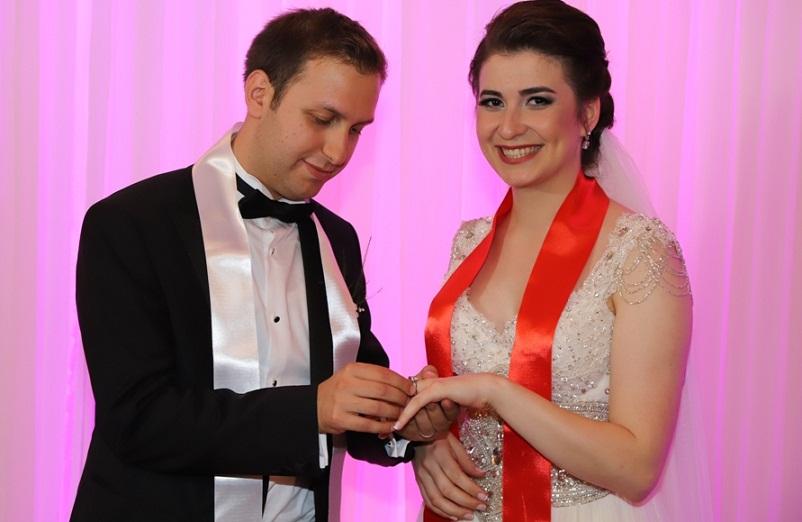 Kamil Özkan, oğlunu evlendirdi