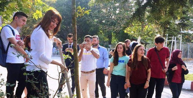 Hendek Atike Hanım Anadolu Lisesi Ailesi Açılış Etkinliğinde Buluştu