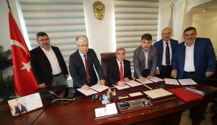 Akyazı Belediyesinde 2018-2019 yılı toplu iş sözleşmesi imzalandı