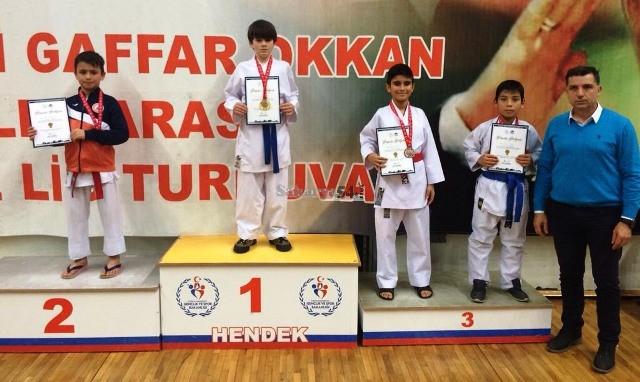 Geyveli Karatecilerden Şehit Ali Gaffar Okkan anısına 18 madalya