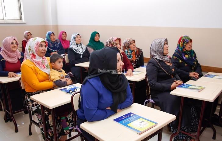 Orhan Gazi KARAKAŞ okuma-yazma bilmeyenler için bir proje başlattı