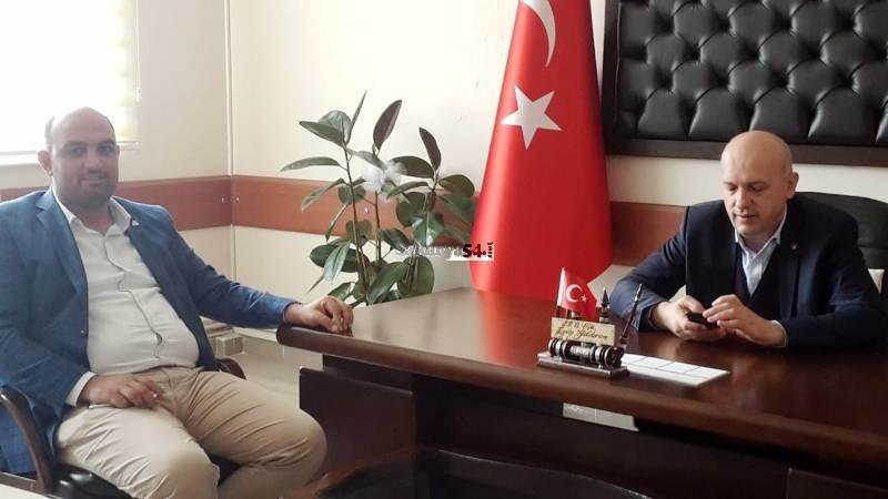 Av. Ali Aktaş Saadet Partisi Sakarya il Başkanı Eyüp YILDIRIM'ı ziyaret etti