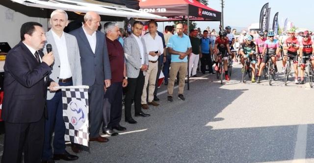 ARGON 18 Türkiye Şampiyonası Yol Yarışlarının Startını Vali Balkanlıoğlu Verdi