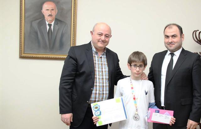 Şahin Okulları'ndan Dünya İkinciliği Başarısı