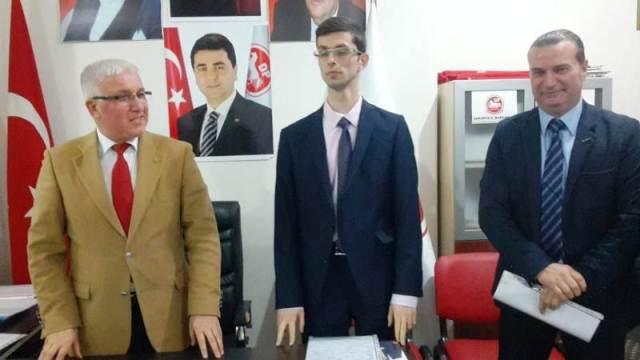 Demokrat Parti  Hendek Adayı Gökhan Yusuf Yetimoğlu, Arifiye Adayı Taşkın Ömür  Oldu