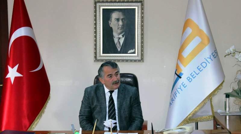 Akgün Altuğ Arifiye Belediye Başkanı İsmail Karakullukçu'yu  ziyaret etti