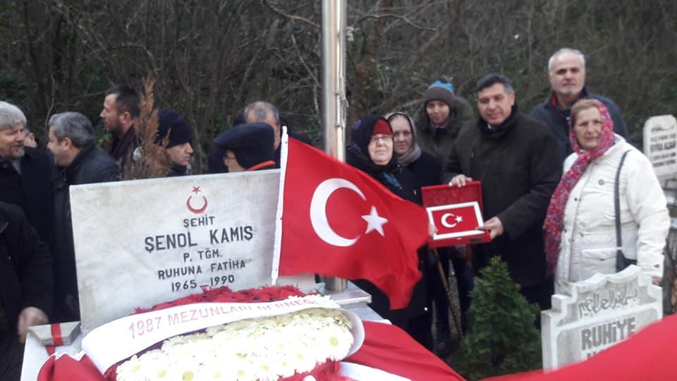 Şehit Piyade Teğmen Şenol Kamış ölümünün 30.Yılında  mezarı başında anıldı