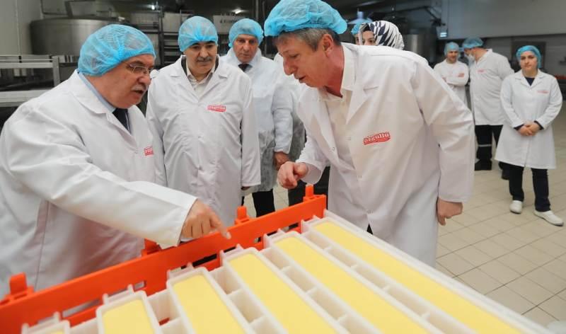 Vali Nayir 3. OSB Sosyal Tesisleri ve Özgüllü Süt Fabrikasında İncelemelerde Bulundu