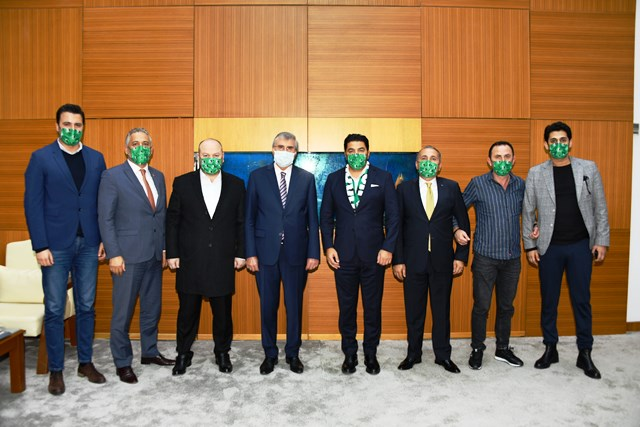 Sakaryaspor Başkanı adayı Uğur Akkuş, Sakarya Belediye Başkanı Ekrem Yüce ile buluştu