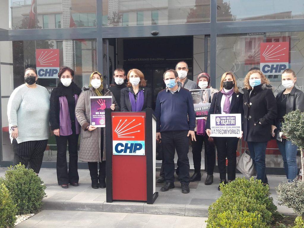 Azize Çeroğlu Kadına Yönelik Şiddete Karşı ile ilgili basın açıklaması yaptı