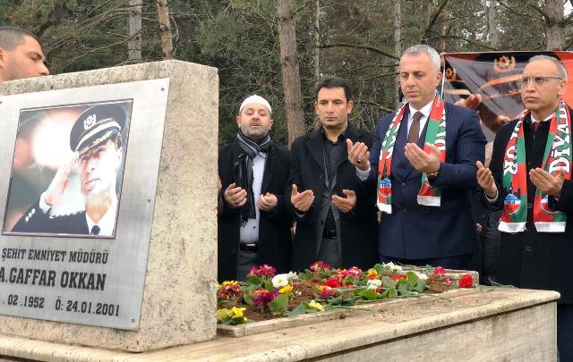 Şehit Emniyet Müdürü Ali Gaffar Okkan mezarı başında  anılacak