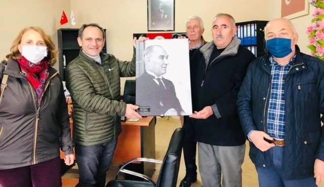 CHP Sakarya İl Örgütü, Karapürçek'de Muhtarları Ziyaret Etti