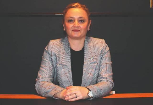 Arzu Göksun Akçalışkan, Samsun'da yaşanan erkek şiddetine tepki gösterdi
