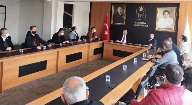 İYİ Parti Adapazarı İlçe Başkanlığı'na Deva Partisinden ziyaret
