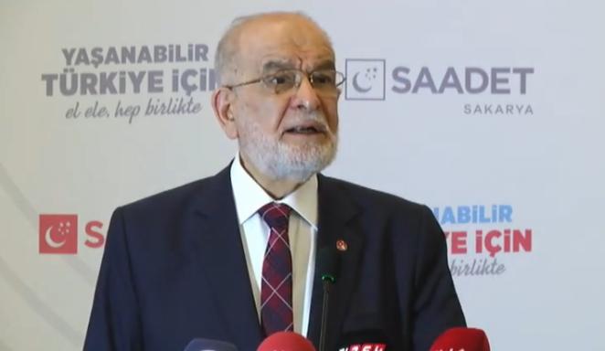 Karamollaoğlu, partisinin Sakarya kongresinde konuştu