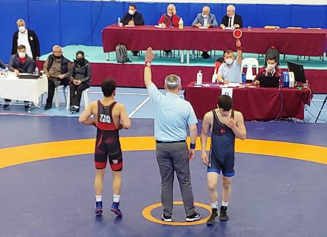 Büyükşehirli Serhat Kırık Türkiye Şampiyonu oldu