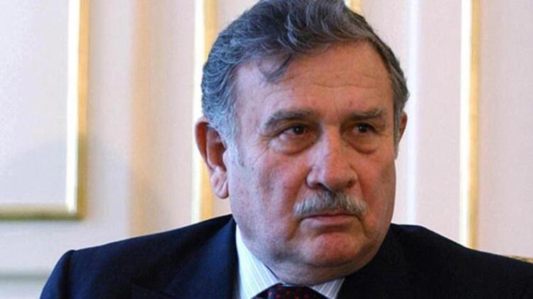 Eski başbakanlardan Yıldırım Akbulut, 86 yaşında hayatını kaybetti.