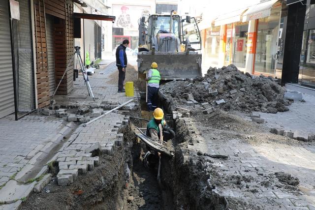 Büyükşehir Semerciler Mahallesi'nde altyapı çalışmalarını başlattı